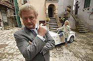 Italia, Vasanelli, 20040430: Sven og Torhild Nordin bes¿ker Gino Valente i Vasanelli i Italia. Foto: Tom Hansen