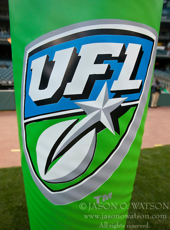 October 17, 2009; San Francisco, CA, USA;  Green UFL goal post padding before the game between the California Redwoods and the New York Sentinels at AT&T Park. California won 24-7.