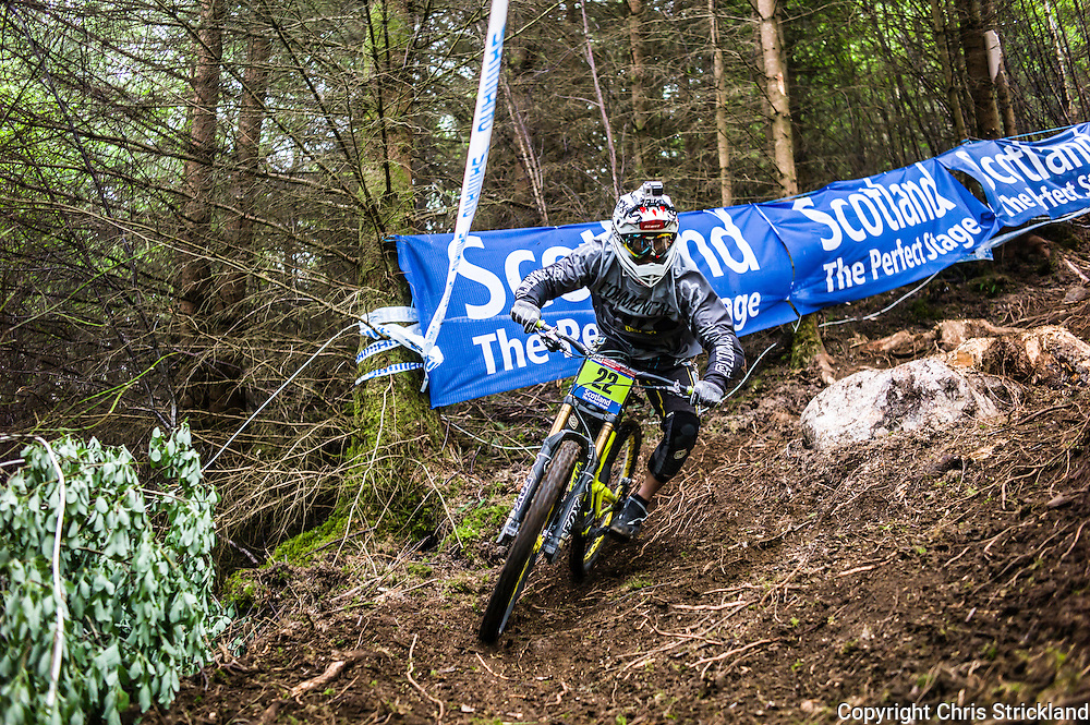 Nevis Range, Fort William, Scotland, UK. 4th June 2016. The worlds leading mountain bikers descend on Fort William for the UCI World Cup on Nevis Range. © Chris Strickland / Alamy Live News