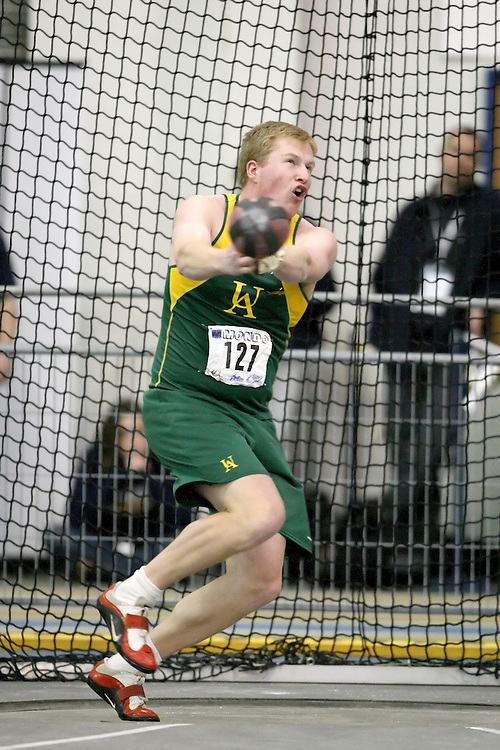 Windsor, Ontario ---13/03/09--- Darren McDonald of  the University of Alberta competes in the men's weight throw at the CIS track and field championships in Windsor, Ontario, March 13, 2009..Sean Burges Mundo Sport Images