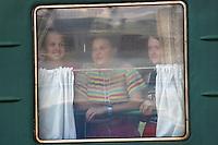 Jenter på toget, girls on the train