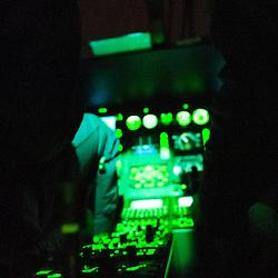 Vol de nuit au dessus de Paris avec un h&eacute;licopt&egrave;re EC-145 et son &eacute;quipage du D&eacute;tachement A&eacute;rien Gendarmerie de Velizy-Villacoublay.<br /> Octobre 2008 / R&eacute;gion Parisienne (75) / FRANCE<br /> Cliquez ci-dessous pour voir le reportage complet (24 photos) en acc&egrave;s r&eacute;serv&eacute; <br /> http://sandrachenugodefroy.photoshelter.com/gallery/2008-10-Vol-de-nuit-en-EC145-Gendarmerie-Complet/G0000FUjp0oafq_8/