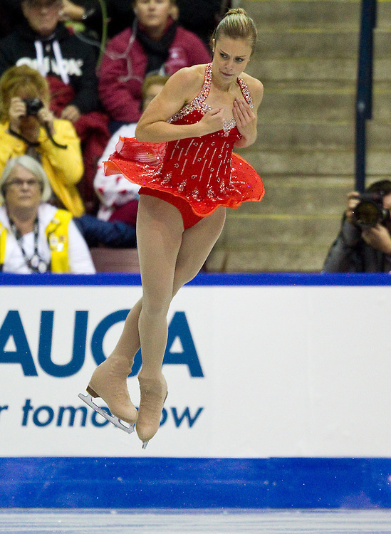 GJR337 -20111028- Mississauga, Ontario,Canada-  Ashley Wagner of The United States skates her short program at Skate Canada International, October 28, 2011.<br /> AFP PHOTO/Geoff Robins