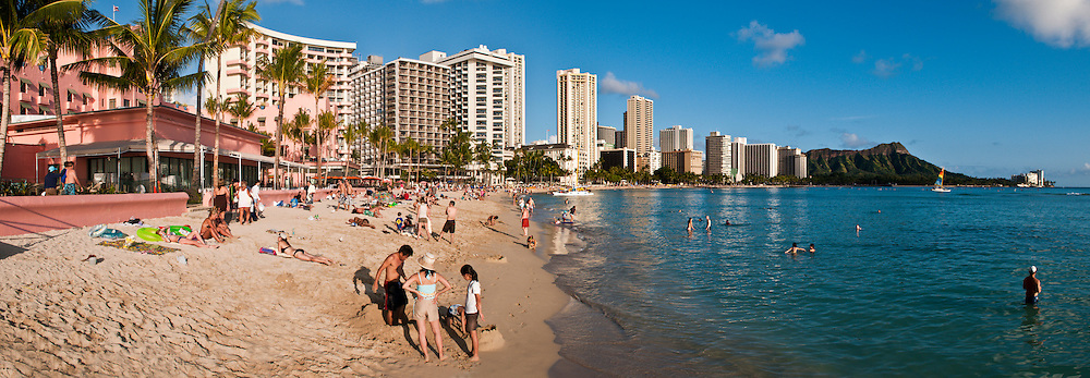 Panorama of Waikiki Beach & Diamond Head, Honolulu, Oahu, Hawaii