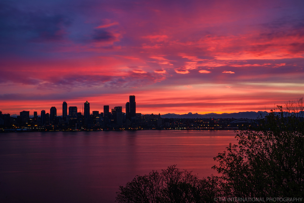 Seattle Skyline & Eastern Horizon