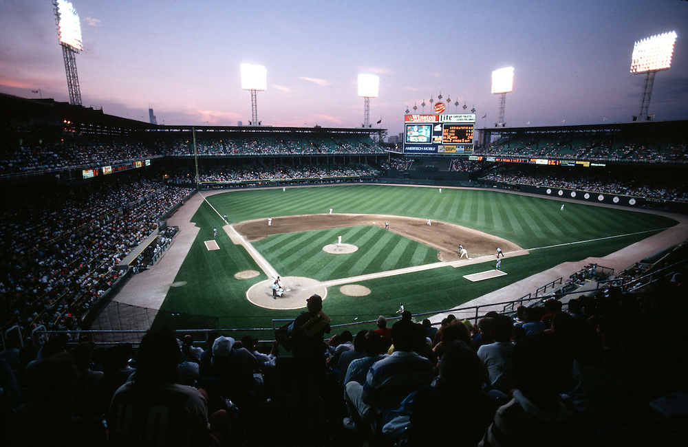 Old comiskey park ron vesely sports photography for Classic house 1991