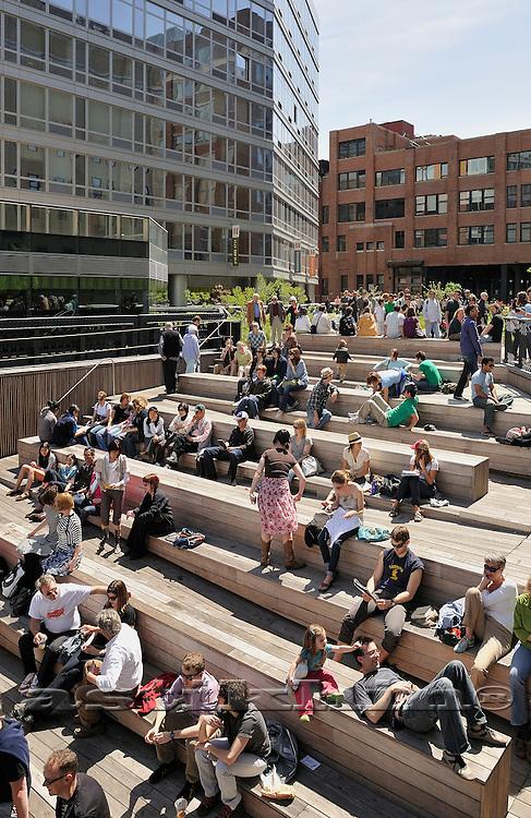 """Moove"" on High Line Park"