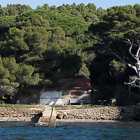 PROVENCE VUE DE LA MER-PROVENCE FROM THE SEA