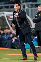 DEN HAAG - ADO Den Haag - Vitesse , Voetbal , Eredivisie , Seizoen 2016/2017 , Kyocera Stadion , 03-02-2017 , Vitesse trainer coach Henk Fraser coachend langs de lijn