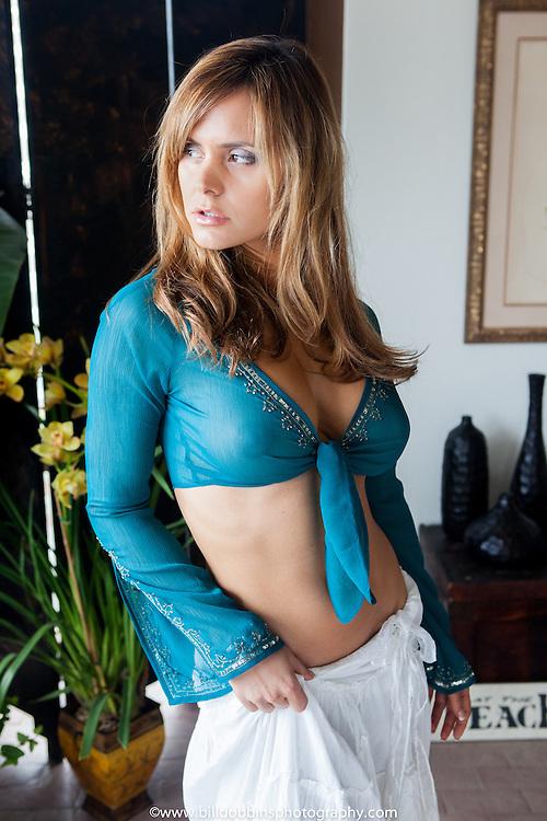 Timea_Majorova-Malibu_Fashion-031909-114.jpg