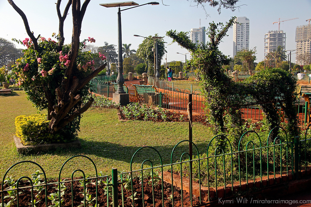 Asia, India, Mumbai. Hanging Gardens topiary.