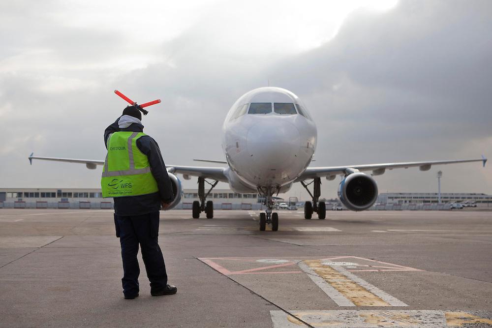aéroport de paris orly - placement avion groupe WFS