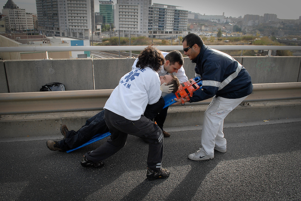 Team of the portuguese National Emergency Service (INEM), at a traffic accident.