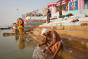 Morning washing ritual, Ganges, Varanassi, India