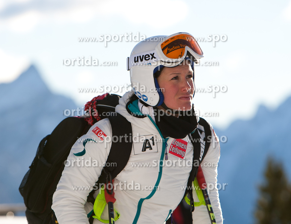 13.01.2012, Pista Olympia delle Tofane, Cortina, ITA, FIS Weltcup Ski Alpin, Damen, Abfahrt, 2. Training, im Bild Stefanie Koehle (AUT) // Stefanie Koehle of Austria during ladies downhill 2nd training of FIS Ski Alpine World Cup at 'Pista Olympia delle Tofane' course in Cortina, Italy on 2012/01/13. EXPA Pictures © 2012, PhotoCredit: EXPA/ Johann Groder