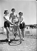 1955 - 12/07 'Miss Cycling' Special at Dun Laoghaire