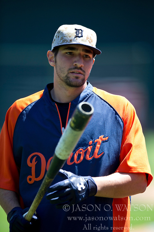 OAKLAND, CA - MAY 26:  Nick Castellanos #9 of the Detroit Tigers holds a bat during batting practice before the game against the Oakland Athletics at O.co Coliseum on May 26, 2014 in Oakland, California. The Oakland Athletics defeated the Detroit Tigers 10-0.  (Photo by Jason O. Watson/Getty Images) *** Local Caption *** Nick Castellanos