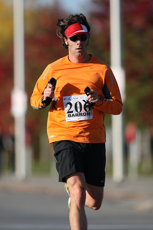 (Ottawa, ON---18 October 2008) MIKE BARRON runs in the 2008 5km challenge at the TransCanada 10km Canadian Road Race Championships. Photography copyright Sean Burges/Mundo Sport Images (www.msievents.com).