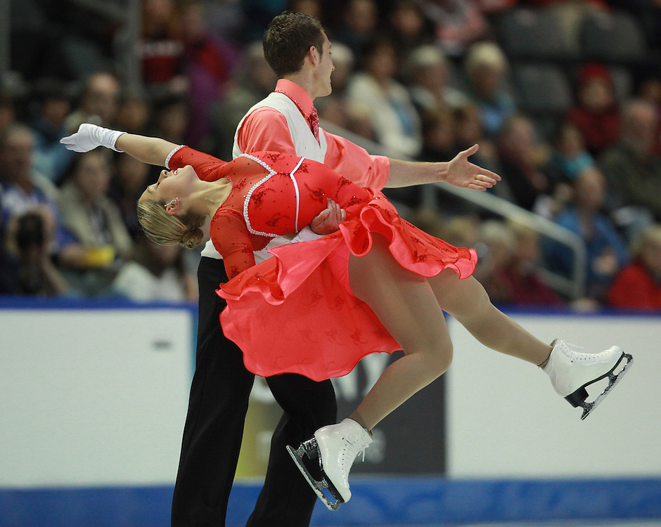 20101029 -- Kingston, Ontario --  Sarah Arnold and Justin Trojek of Canada skate their short dance in the ice dance competition at the 2010 Skate Canada International in Kingston, Ontario, Canada, October 29, 2010.<br /> AFP PHOTO/Geoff Robins