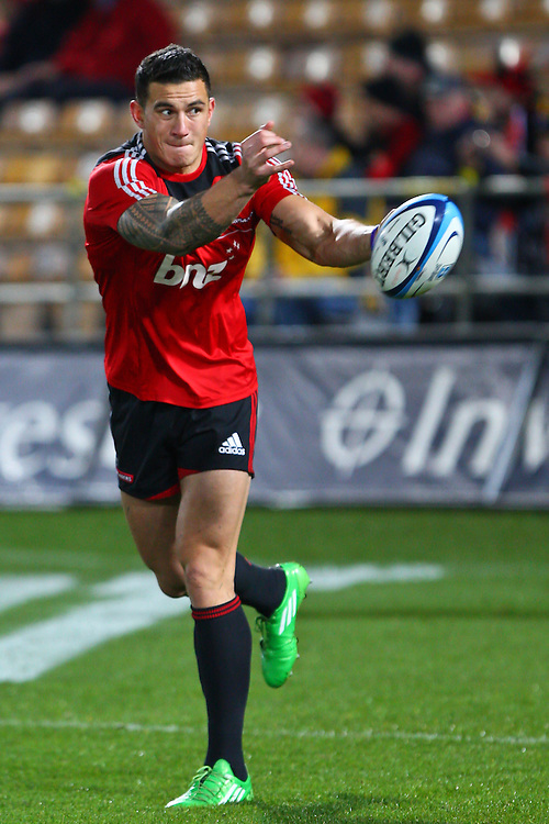 Crusaders Sonny Bill Williams warms up in the super 15 semi final against the Sharks, Trafalgar Park, Nelson, New Zealand, Saturday, June 25,  2011. Credit:SNPA/Blair Hall