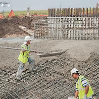 filling concrete into wind turbine base