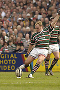 Leicester, ENGLAND, Andy Goode, Guinness Premiership Rugby,  Leicester Tigers vs London Wasps © Peter Spurrier/Intersport-images.com.