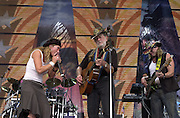 September 7, 2003; TRICK PONY performing at Farm Aid, 2003, in Columbus, Ohio. Photo by Bryan Rinnert/3Sight Photography