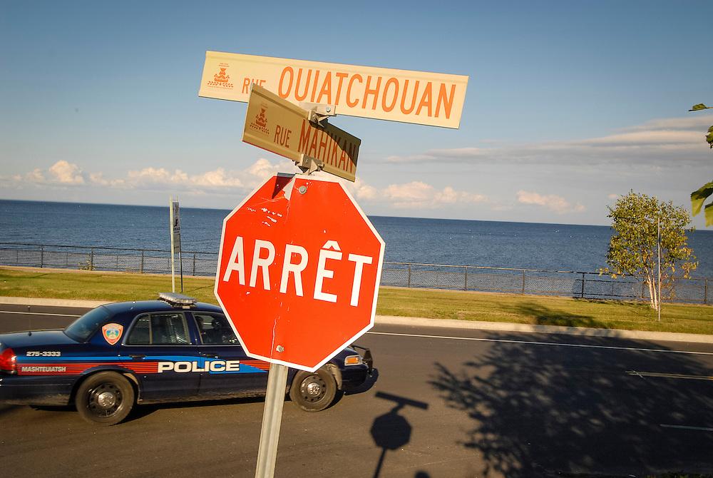 Mashteuiatsh (aussi appelé Pointe-Bleue ou Uashassihtsh1) est une réserve indienne canadienne du Québec2. Elle est la seule communauté innue du Saguenay–Lac-Saint-Jean.
