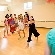 Local children participate in the Jackson Troupe visual and performing arts summer program in Aidekman Arts Center. (Alonso Nichols/Tufts University)