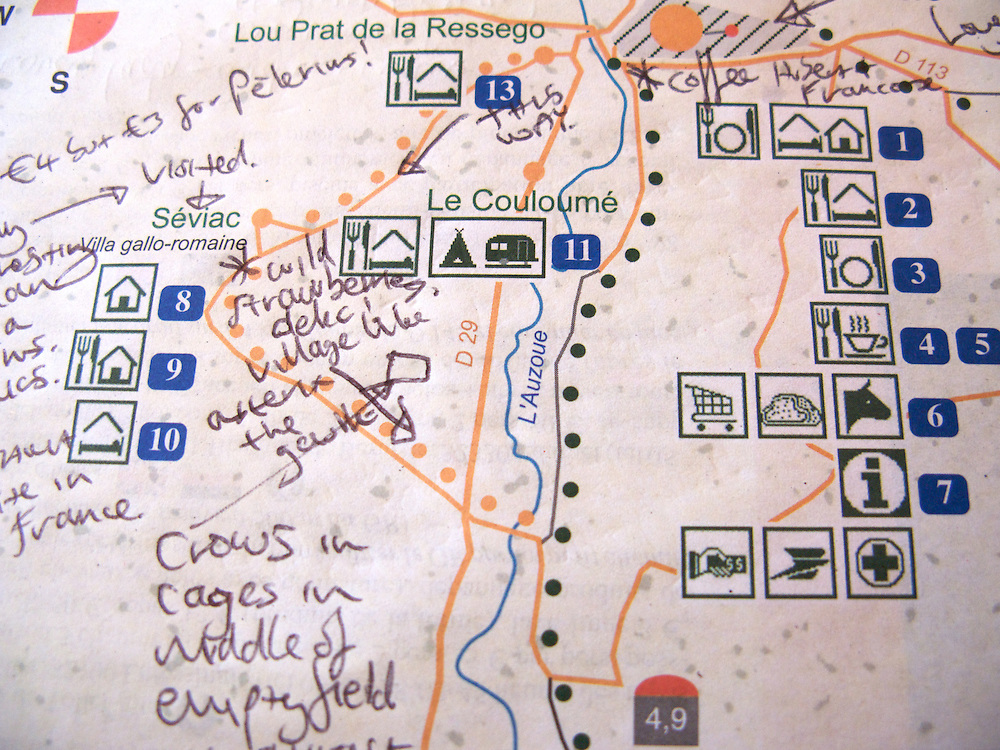 The Miam Miam Dodo guide book is used by many on the Way of Saint James. While a French publication, users of all nationalities find it useful due its symbolic presentation style. Here a walker has made some notes of what was found along the way.