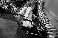 Bolivia - Copacabana - tradizionale benedizione delle Automobili