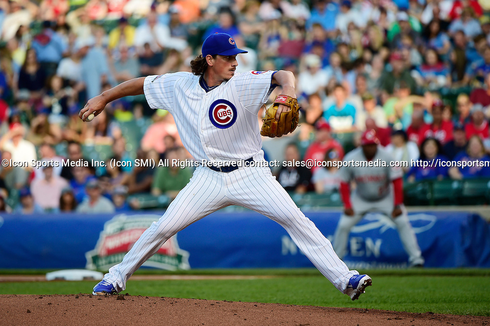 23 June 2014: Chicago Cubs starting pitcher Jeff Samardzija (29) pitching in a MLB game between the Chicago Cubs and the Cincinnati Reds at Wrigley Field, Chicago, Il
