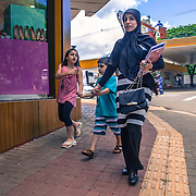 The Arab community in Foz do Iguacu is the second biggest in Brazil after Sao Paulo. there are more than 20.000 Arabs living in the town. Most of them are from Lebanon