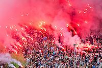 ROTTERDAM - Eerste training van Feyenoord , voetbal , seizoen 2015-2016 , Stadion De Kuip , 28-06-2015 , Feyenoord supporters massaal met vuurwerk en fakkels