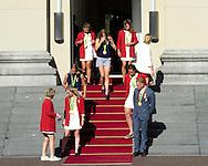 den haag - Koning Willem-Alexander en Koningin Maxima staan op het bordes met de Olympische medaillewinnaars van de Zomerspelen 2016 in Rio.  copyright robin utrecht Anna van der Breggen, Anicka van Emden, Anna van der Breggen, Tom Dumoulin, Carline Bouw, Chantal Achterberg, Inge Janssen en Nicole Beukers, Ilse Paulis en Maaike Head, Kaj Hendriks, Dirk Uittenbogaard, Boaz Meylink, Boudewijn Roell, Olivier Siegelaar, Tone Wieten, Mechiel Versluis, Robert Lücken en Peter Wiersum, Elis Ligtlee, Dorian van Rijsselberghe,, Sharon van Rouwendaal, Sanne Wevers, Ferry Weertman, Marit Bouwmeester, Matthijs Büchli, Dafne Schippers, Alexander Brouwer en Robert Meeuwsen, Jelle van Gorkom,, Nouchka Fontijn, Noami van As, Willemijn Bos, Carlien Dirkse van den Heuvel, Margot van Geffen, Eva de Goede, Ellen Hoog, Kelly Jonker, Marloes Keetels, Laurien Leurink, Caia van Maasakker, Kitty van Male, Larisa Meijer, Laura Nunnink, Maartje Paumen, Michelle van der Pols, Joyce Sombroek, Maria Verschoor, Xan de Waard and Lidewij Welten.