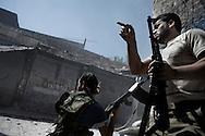 SYRIA, ALEPPO. Syrians rebels take position on  ALESSIO ROMENZI