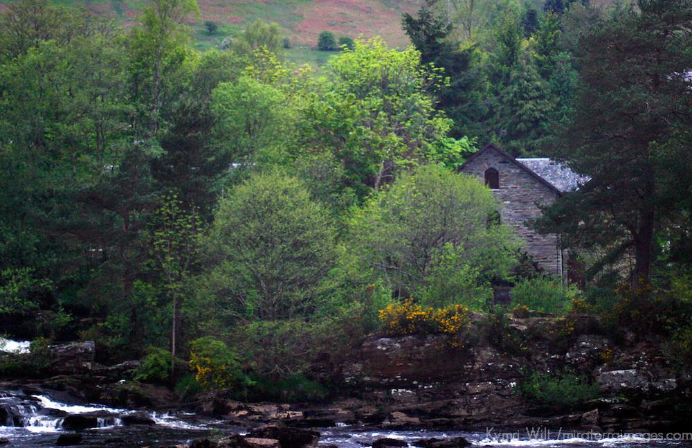Europe, United Kingdom, Scotland, Stirlingshire, Killin. Falls of Dochart.