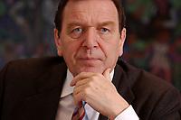 09 JAN 2002, BERLIN/GERMANY:<br /> Gerhard Schroeder, SPD, Bundeskanzler, waehrend einem Interiew, in seinem Buero, Bundeskanzleramt<br /> Gerhard Schroeder, SPD, Federal Chancellor of Germany, during an interview, in his office<br /> IMAGE: 20020109-02-013<br /> KEYWORDS: Gerhard Schr&ouml;der