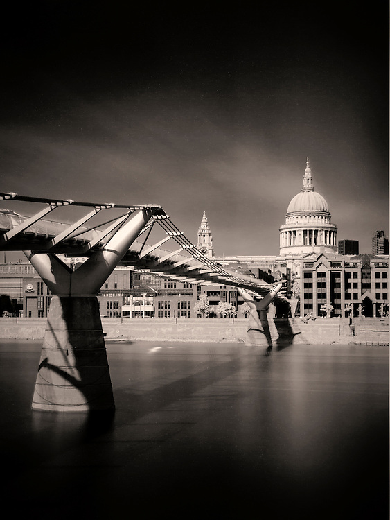 A 300 sec long exposure of St Pauls Cathedral using a R72 filter with a B&amp;W conversion.<br />