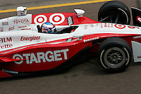 Scott Dixon at the Phoenix International Raceway, XM Satellite Radio Indy 200, March 19, 2005