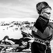 Reindeer spring migration - B&W Gåbrien
