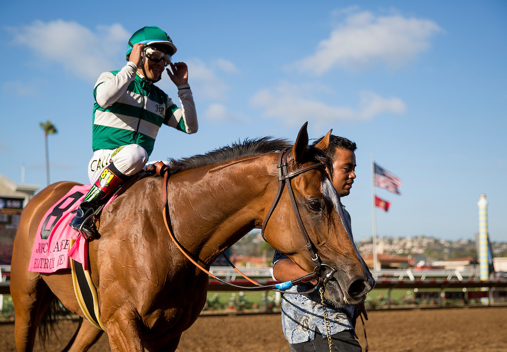 August 8 2015: Elektrum with Victor Espinoza wins the John C. Mabee Stakes at  Del Mar Race Course in Del Mar CA. Alex Evers/ESW/CSM