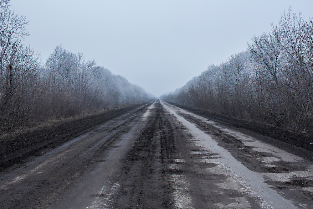 ARTEMIVSK, UKRAINE - FEBRUARY 14: The road between Artemivsk and the embattled town of Debaltseve on February 14, 2015 in Artemivsk, Ukraine. A ceasefire between Ukrainian forces and pro-Russian rebels is scheduled to go into effect at midnight. (Photo by Brendan Hoffman/Getty Images) *** Local Caption ***