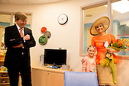 King Willem-Alexander and Queen Maxima of The Netherlands visit  Spectrum Health Helen DeVos Childrens Hospital in Grand Rapids. United States, 2 June 2015.The King and Queen visit the United States during an 3 day official visit. COPYRIGHT ROBIN UTRECHT