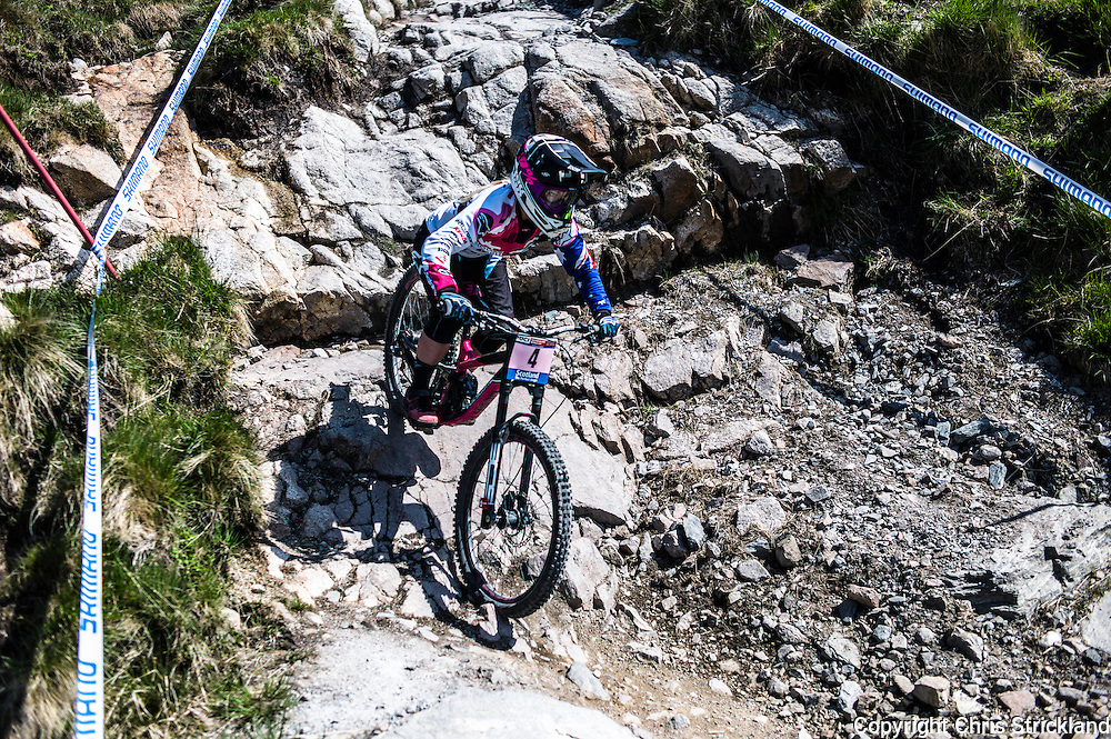 Nevis Range, Fort William, Scotland, UK. 3rd June 2016. Tracey Hannah of Australia in action. The worlds leading mountain bikers descend on Fort William for the UCI World Cup on Nevis Range.