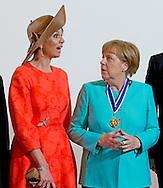 21-4-2016 MIDDELBURG - King Willem-Alexander, Her Majesty Queen Maxima and Prime Minister Mark Rutte on Thursday, April 21, 2016 at the presentation of the Franklin D. Roosevelt Four Freedoms Awards in the Nieuwe Kerk in Middelburg. Also, Her Royal Highness Princess Beatrix of the Netherlands is present at the ceremony. The Prime Minister presented the International Four Freedoms Award to dr. Angela Merkel. COPYRIGHT ROBIN UTRECHT<br /> 21-4-2016 MIDDELBURG - Koning Willem-Alexander, Hare Majesteit Koningin Maxima en minister-president Mark Rutte zijn op donderdag 21 april 2016 aanwezig bij de uitreiking van de Franklin D. Roosevelt Four Freedoms Awards in de Nieuwe Kerk in Middelburg. Ook Hare Koninklijke Hoogheid Prinses Beatrix der Nederlanden is bij de uitreiking aanwezig. De minister-president reikt de International Four Freedoms Award uit aan dr. Angela Merkel. COPYRIGHT ROBIN UTRECHT