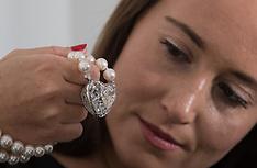 2017-04-10 Christies offer biggest heart-shaped diamond