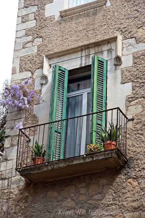 Europe, Spain, Girona. Terrace of Girona.