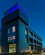 oxford churchill hospital main entrance at night steffian bradley architects