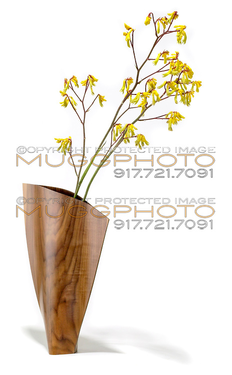 schleeh wood vase